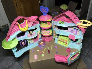 Biggest Littlest Pet Shop house play set for Sale in Wausau, WI