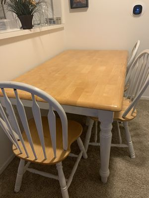 Used Dining Table with 3 chairs for Sale in Clinton Township, MI