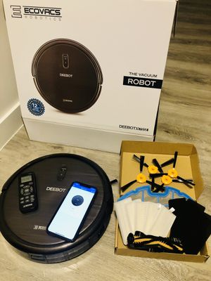 Deebot Ecovacs robot vacuum cleaner for Sale in Miami, FL