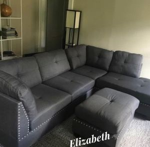 New im box grey sectional sofa includes ottoman & two accent pillows for Sale in Downey, CA