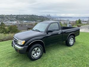 1999 Toyota Tacoma 4X4 5 speed 88,000 Miles for Sale in Seattle, WA
