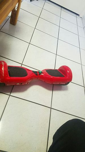 RED HOVERBOARD WITH BLUETOOTH for Sale in Hialeah, FL