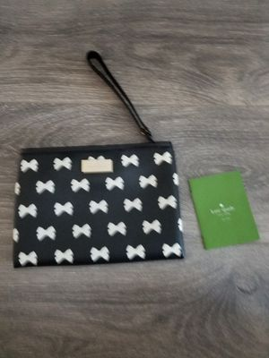 New! Kate Spade Bow Print Wristlet for Sale in Glendale, CA