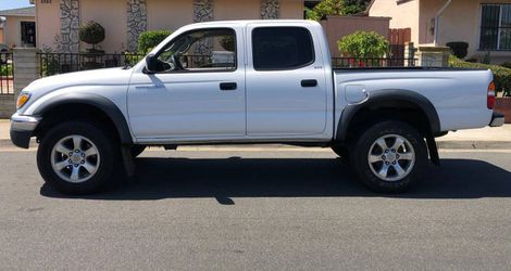 Toyota Tacoma 2003 FULLY LOADED **EXCELLENT CONDITION** for Sale in North Las Vegas,  NV