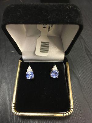 10k yellow gold diamond earrings for Sale in Bakersfield, CA