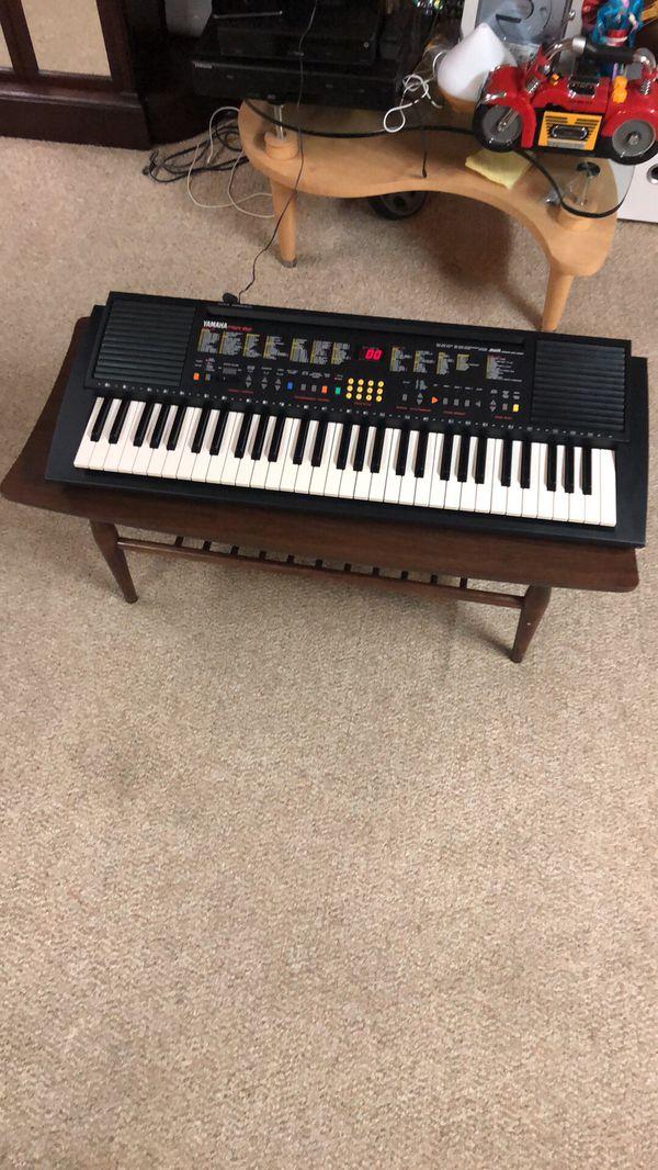 Piano PSR -82 excelente