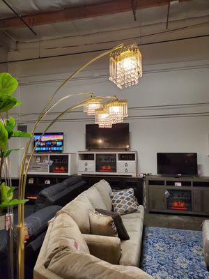 4-Headed Arc Crystal Floor Lamp for Sale in Garden Grove, CA