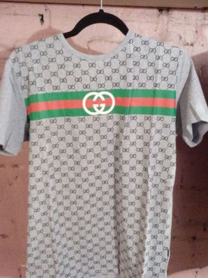 Gucci shirt for Sale in Baltimore, MD