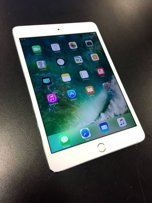 iPad mini 4 128GB White for Sale in Pittsburgh, PA