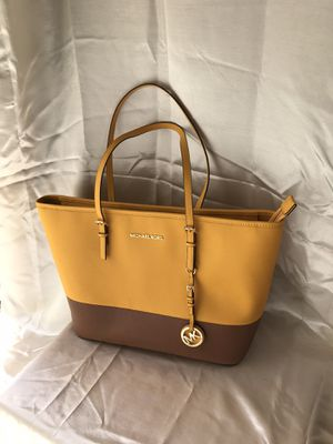 Micheal Kors purse for Sale in Belle Chasse, LA