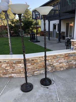 2 Floor Lamps for Sale in Hayward, CA