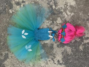 trolls- poppy costume with wig for Sale in Covina, CA