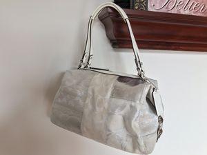 COACH White Purse Handbag Tote Shoulder Bag for Sale in Chicago, IL