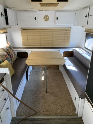 Small 20ft 5th wheel for Sale in Bakersfield, CA