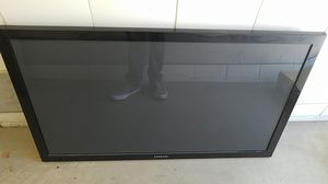 """Samsung 50"""" TV with wall mount for Sale in Scottsdale, AZ"""