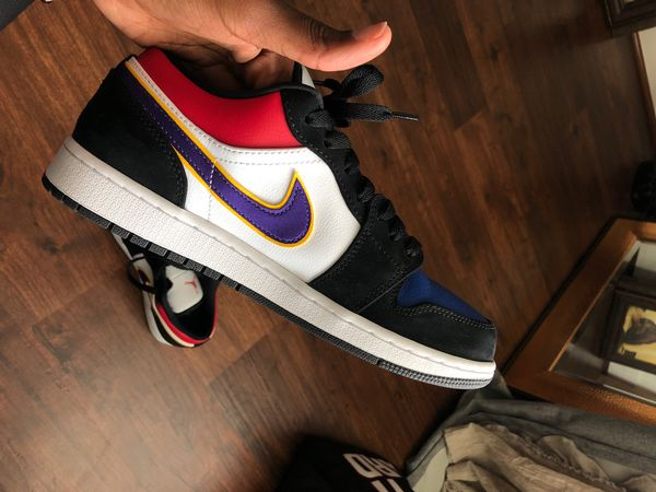 Jordan 1 Retro Low - Mens Size 8 - threw box away so I can't return to store