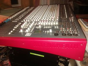 Allen n Heath Zed 420 mixer MINT list is $1795.00 steal at $950 for Sale in Hamburg, NY