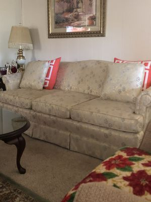 Sofa for Sale in Deville, LA