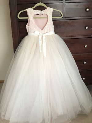 David's Bridal Girls Flower Dress Size 8 for Sale in Federal Way, WA