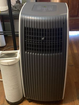 Spt portable air conditioner 8,000 btu in good working conditions for Sale in South Gate, CA