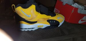 nike airmax turf runner for Sale in Baltimore, MD