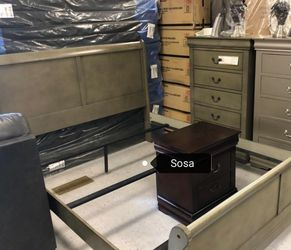 ♦️New 🌜Instock Louis Philip Gray Sleigh Bedroom Set 💐🚚 for Sale in Silver Spring,  MD