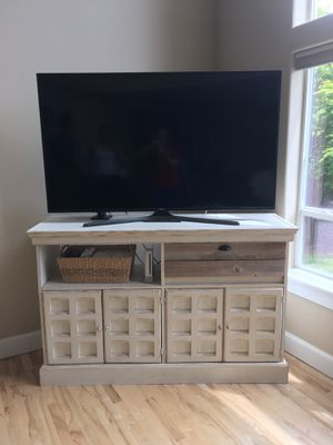 Shabby Chic/farmhouse tv stand for Sale in Oregon City, OR