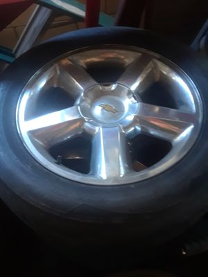 Chevy rims 20 inch for Sale in Long Beach, CA