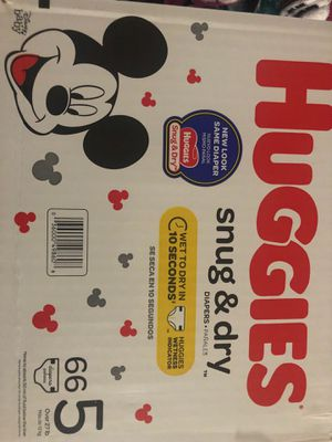 Huggies Snug & Dry Size 5, (66 Count Box) for Sale in Westlake, OH