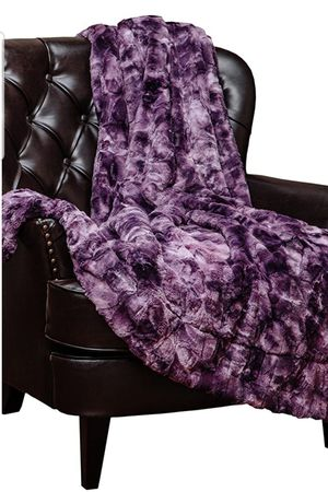 Beautiful Soft Sherpa Comfortable Luxury Faux Fur Soft Lightweight Throw Blanket Brand New And In The Box for Sale in Bowie, MD