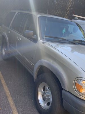2000 Ford Explorer for Sale in Brooklyn, NY