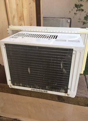 Frigidaire window ac air conditioner for Sale in Orange, CA