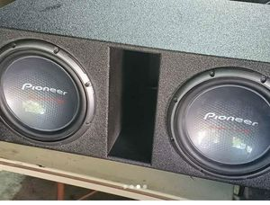 Pair of 12s in a Qbox for Sale in Jefferson City, MO
