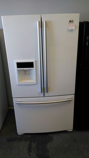LG white refrigerator for Sale in Cleveland, OH
