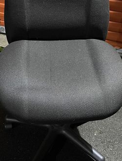 Office Desk Chair for Sale in Lynnwood,  WA