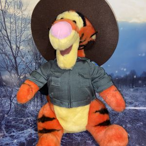 "Brand New Large Disney parks Ranger Tigger 15"" plush for Sale in Lakewood, CA"