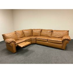 Leather Sectional Recliner With Pull Out Bed In Excellent Conditions!! for Sale in Richardson,  TX
