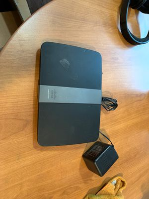 Cable router Cisco linksys E4200 for Sale in Oregon City, OR