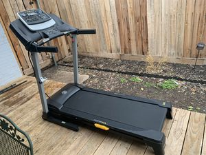 Treadmill Golds Gym Trainer 430i for Sale in Dallas, TX