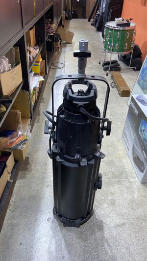 Source Four 750W stage light for Sale in Santa Monica, CA