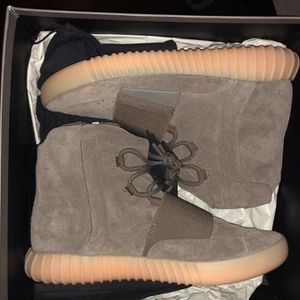 """Yeezy Boost 750 """"chocolate"""" for Sale in The Bronx, NY"""