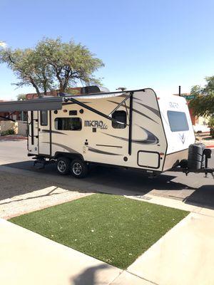 2017 micro light Flagstaff 21 foot. for Sale in El Mirage, AZ