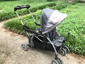 Baby Trend , Sit-N-Stand double stroller for Sale in Duncanville, TX