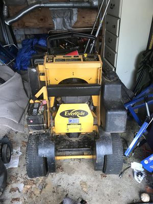 Ride on lawn mower for Sale in Rahway, NJ