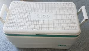 Igloo 36 qt. cooler for Sale in Tracy, CA