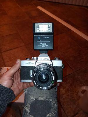 Minolta SRT 201 camera & Vivitar electronic flash for Sale in Riverdale, GA