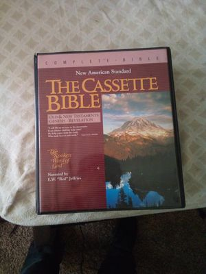 The cassette Bible New American standard for Sale in Santa Fe Springs, CA