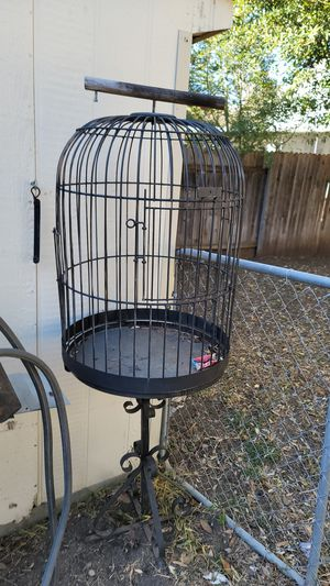 Bird cage - needs tlc for Sale in Austin, TX