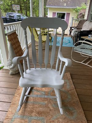 Grey refurbished rocking chair for Sale in Marshall, VA