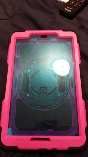 Tablet Case Outerbox for Sale in Columbus, OH